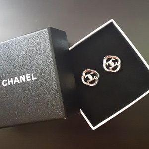 Chanel Silver Resin Earrings!